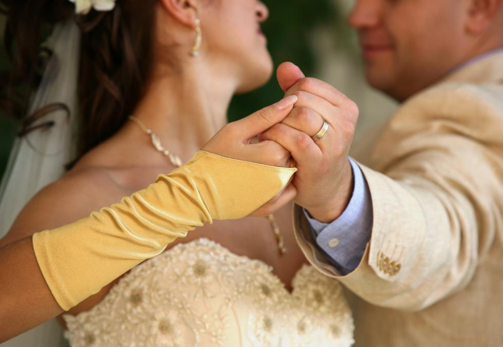 Top 5 Romantic Jazz Songs to Have Played At Your Wedding