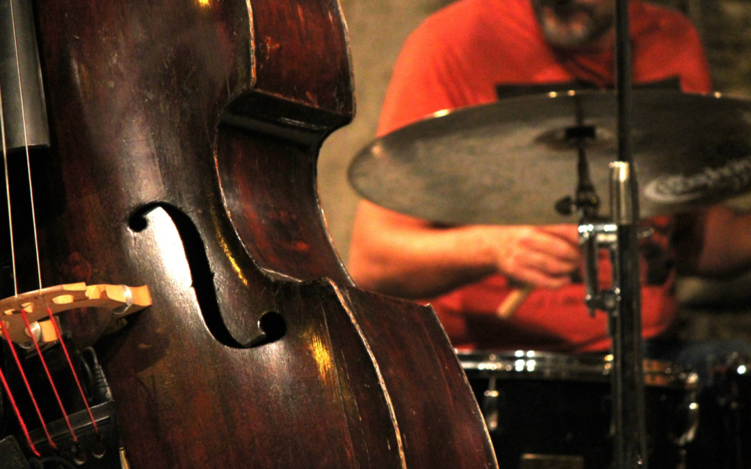 This is My Jam! The Best Jazz Songs to Listen to Over the Weekends   Razzmajazz Dixieland Band