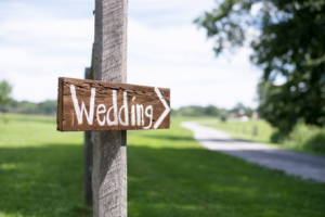 Wedding wooden signal