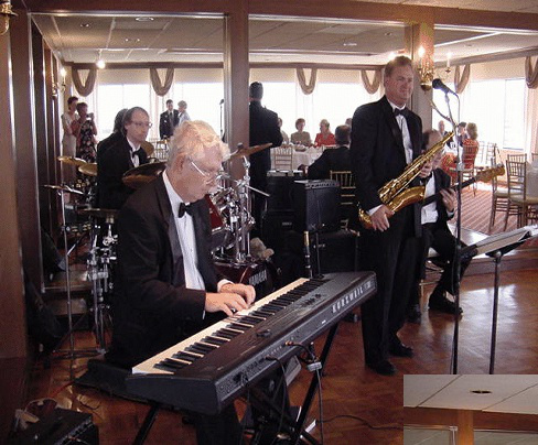 Why You Should Opt For A Live Jazz Band For Your Winter Wedding | Razzmajazz Dixieland Band